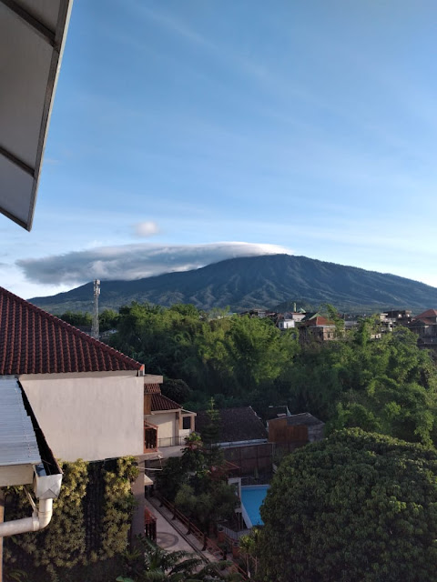 Spencer green hotel batu view gunung