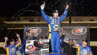 Todd Gilliland wins both NAPA Auto Part Twin 100s #NASCAR