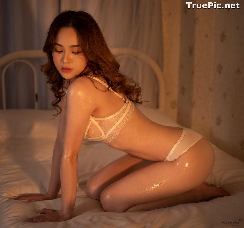 Image Vietnamese Sexy Model - Trinh Phuoc Hien - Concept Massage Oil - TruePic.net - Picture-3