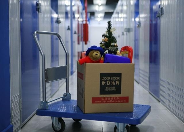tips save on storage costs best self-storage locker units