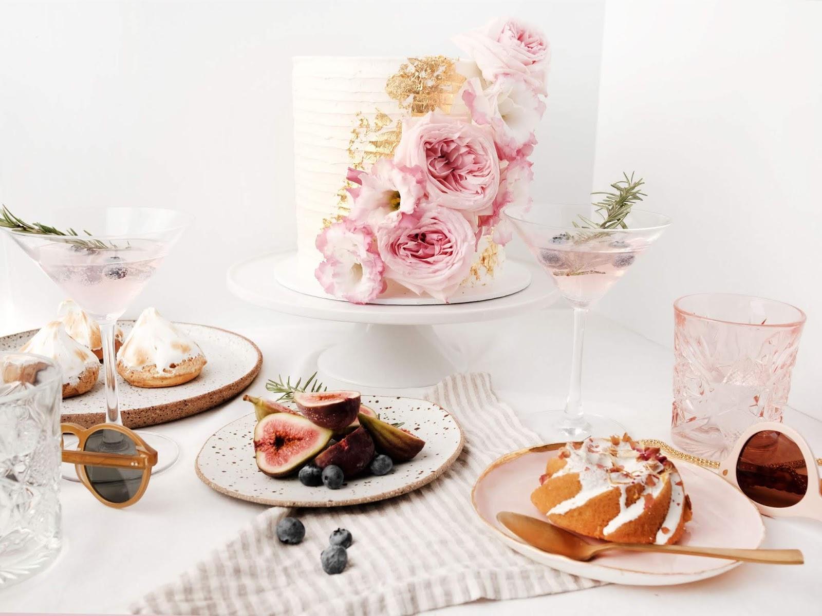 Q+A: CAKED CAKES   WEDDING CAKE DESIGNER YEPPOON QLD