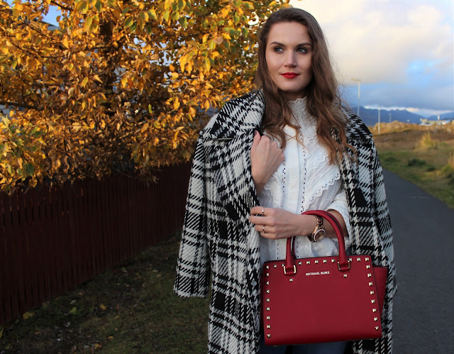 michael_kors_Selma_cherry_red_bag