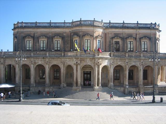 Palacio Ducezio en Noto