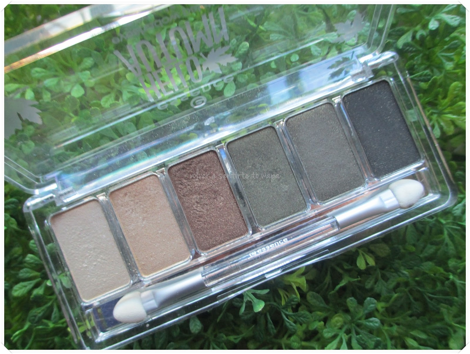 Hello Autum Eyeshadow Palette de Essence