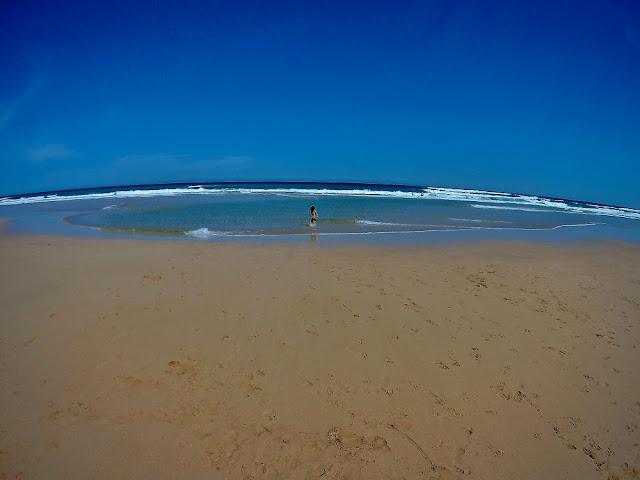 playa de cofete en fuerteventura en calma. Agradable baño.