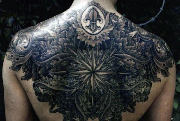 Tatuajes en la espalda de estrella