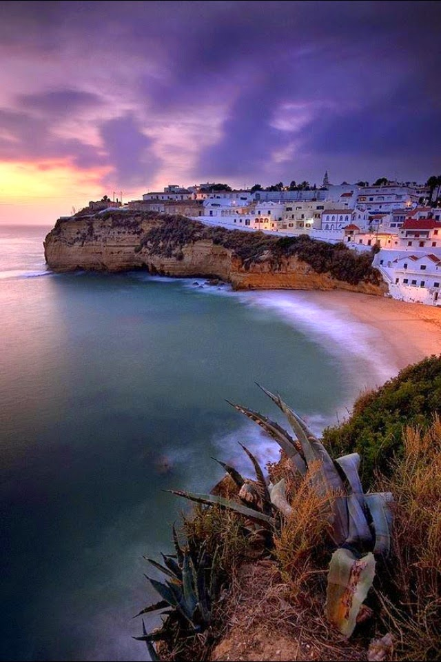 10 Hottest Summer Destinations In Europe | Carvoeiro Beach, Algarve, Portugal
