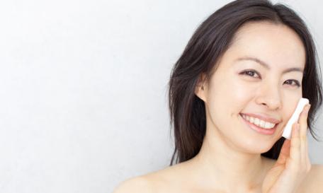 Menjaga Kecantikan Wajah Wanita