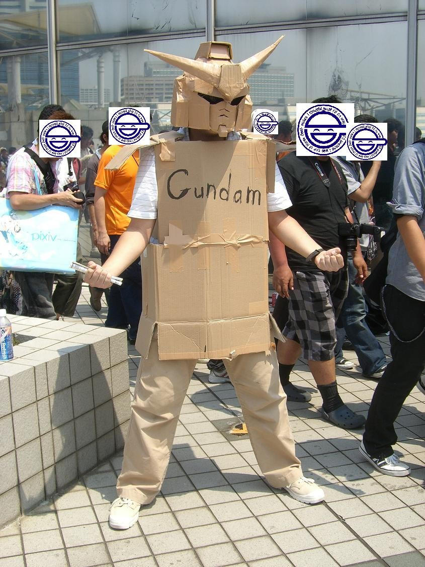 gundam cardboard cosplay got its second level gundam