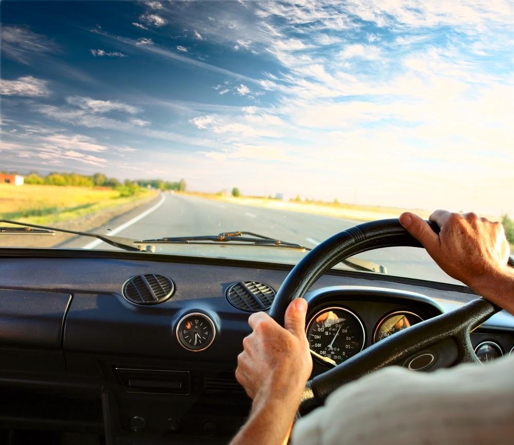 Pengalaman kursus setir/mengemudi mobil transmisi manual.