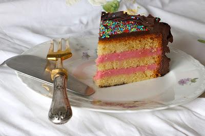Layer Cake de Vainilla, Frambuesa y Chocolate
