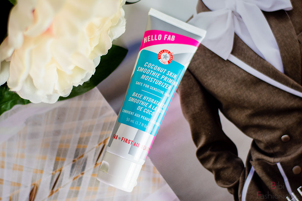 FAB First Aid Beauty Coconut Skin Smoothie Priming Moisturizer