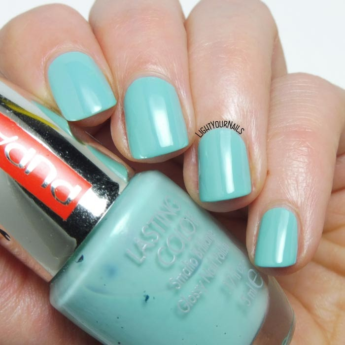 Smalto azzurro polvere Pupa 711 Dusty Blue creme nail polish #pupa #pupamilano #nails #lightyournails