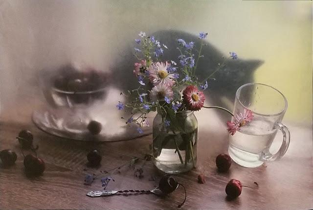 """межрегиональная выставка фотонатюрморта """"Весь мир - театр. Внимание на экспериментальную сцену!"""": Лилия Родионова (Тула) - Майским утром"""