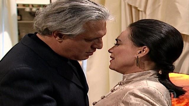 """POR AMOR: """"Fica óbvio que a Helena e o Atílio vão voltar e que ficarão com o bebê"""", disse Manoel Carlos"""