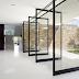 3 Jenis Pivot Door untuk Rumah Anda