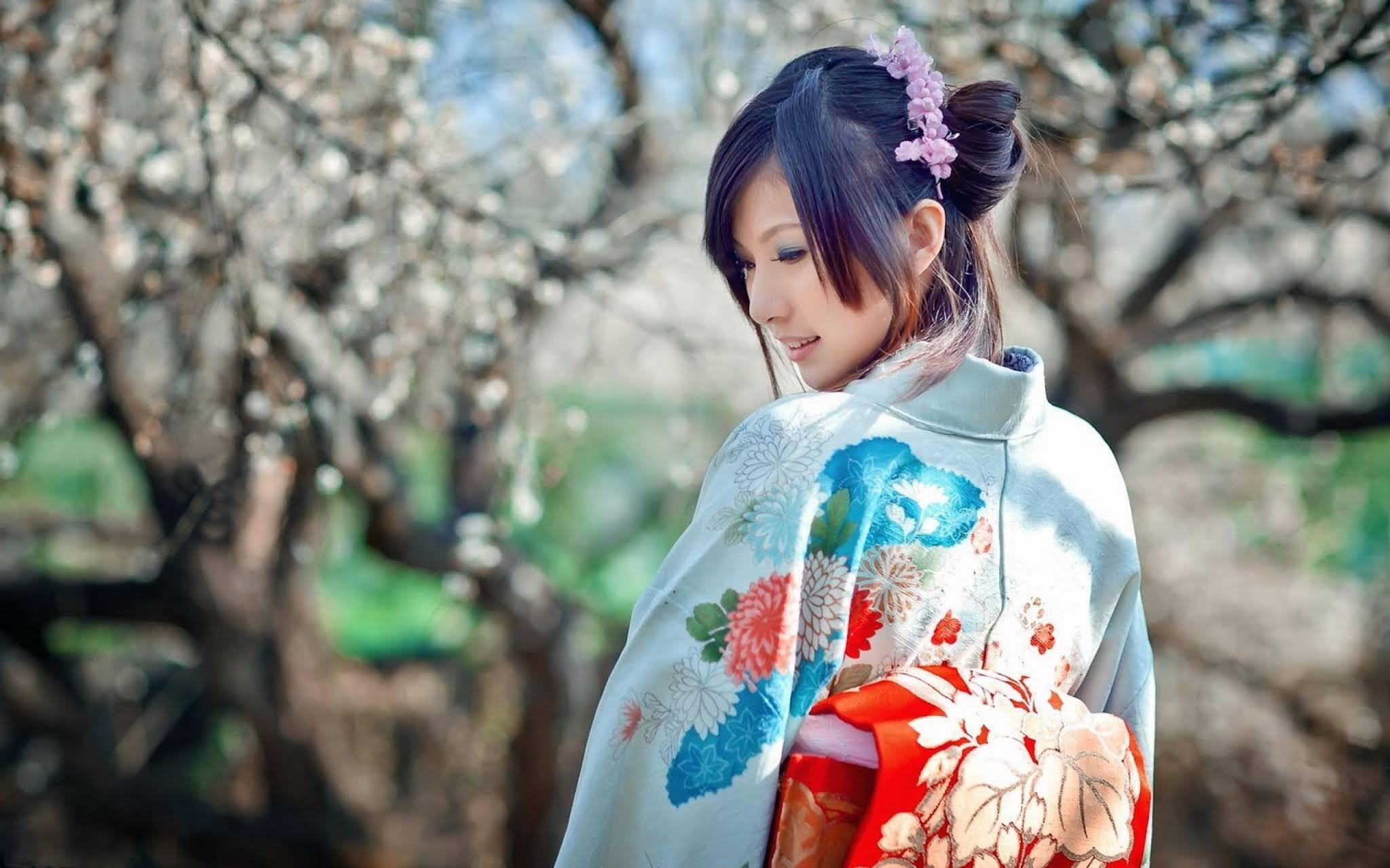 11+ Khasiat dan Manfaat Bunga Sakura untuk Kecantikan Kulit Wajah