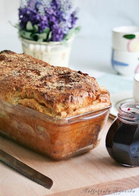 co zrobić z czerstwego pieczywa, zapiekanka z ciasta drożdżowego, deser, daylicooking