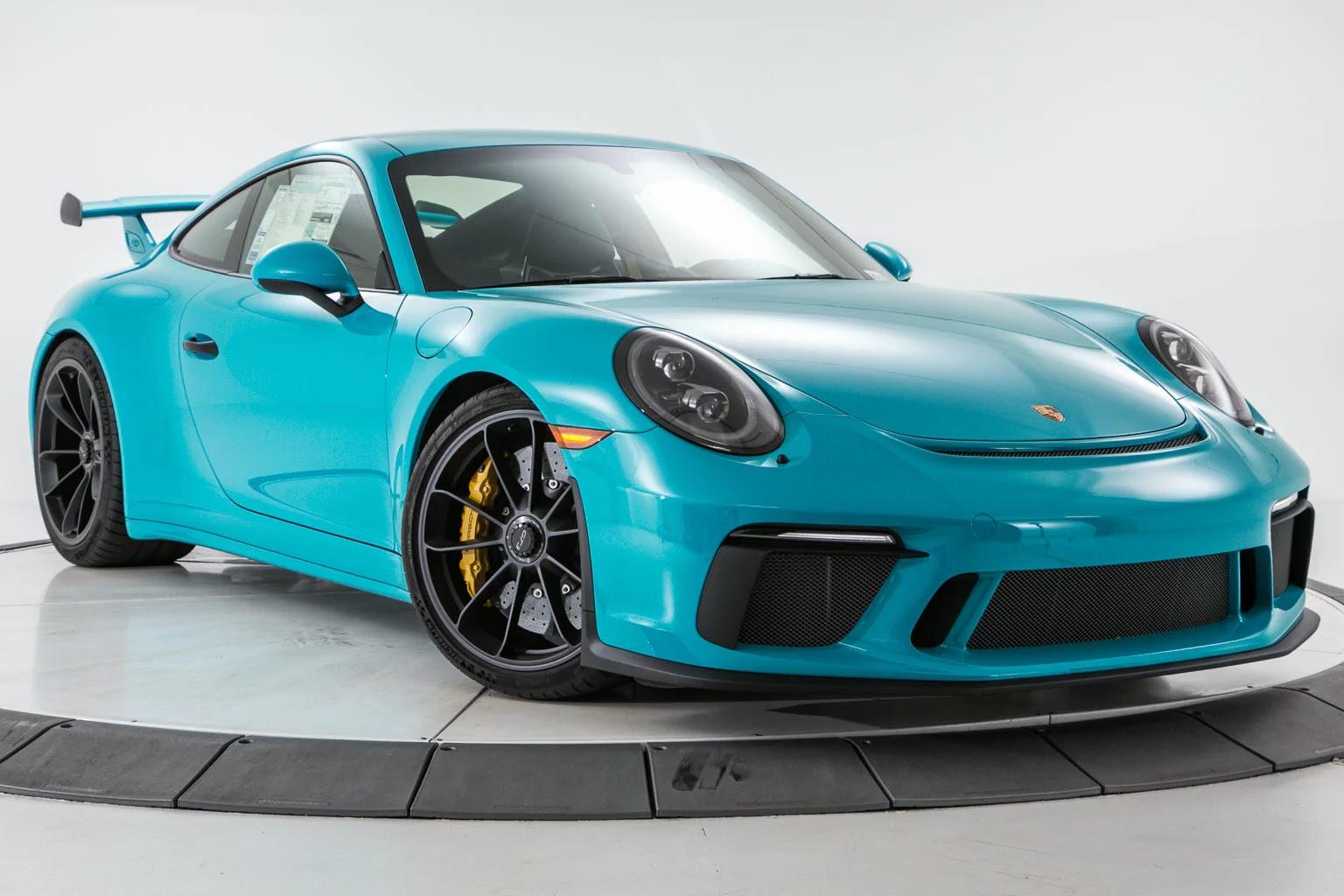 miami blue 2018 911 gt3 is the ultimate driver 39 s porsche. Black Bedroom Furniture Sets. Home Design Ideas