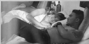 foto mashanda tidur dengan pria