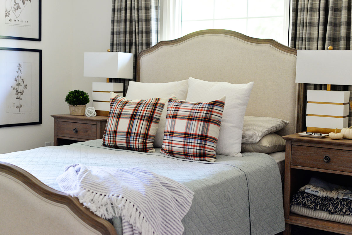Simple Fall Decorating Ideas For The Bedroom, Plaid Accessories