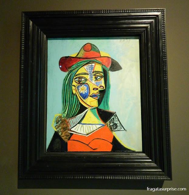 Mulher com chapéu e gola de pele, de Pablo Picasso