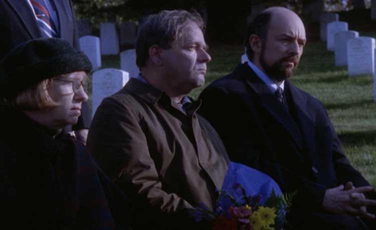 Richard Schiff as Toby in The West Wing's In Excelsis Deo episode.