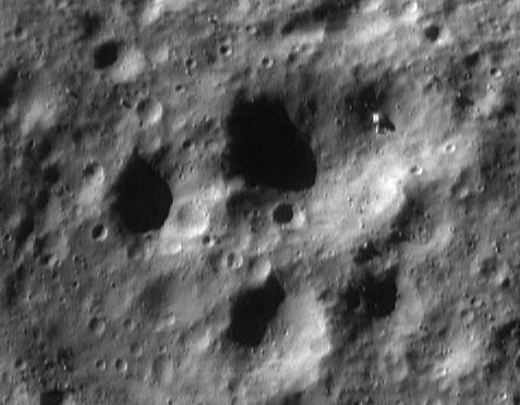Another strange building or tank anomaly is on the Moon.