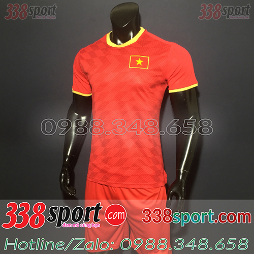 Áo đội tuyển Việt Nam màu đỏ