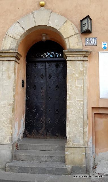 drzwi Warszawa Warsaw kamienica kamieniczka staromiejska Klucznikowska Hanna i Jacek Żuławscy Hugo Kołłątaj architektura architecture