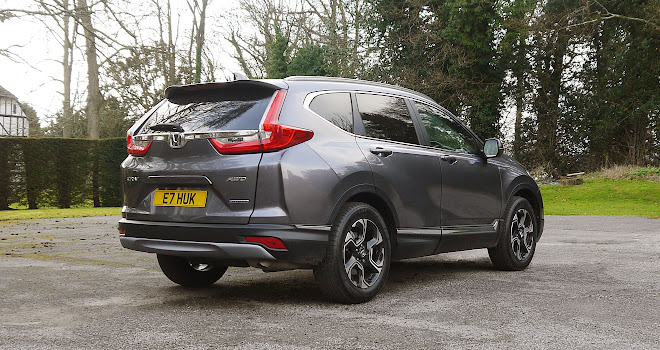 Honda CR-V Hybrid rear quarter view