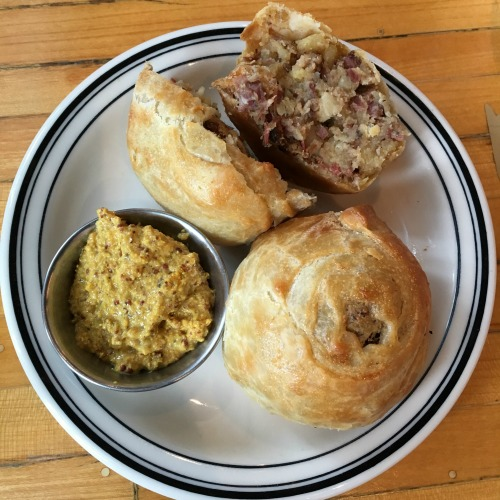 Mamaleh's Cambridge Jewish deli meat knish