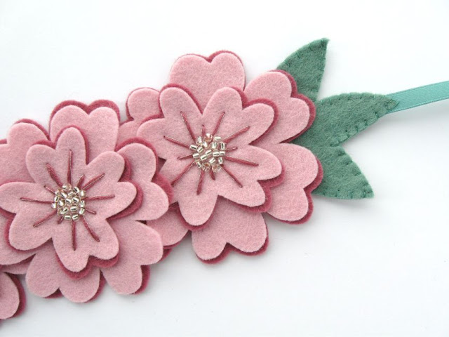 Felt Flower Hairband Tutorial