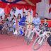 गजब: न्यूतेर में गुरुजी ने स्कूली बच्चों को बांटी साइकिल