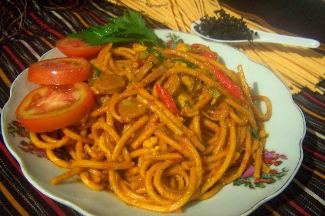 Ramaikan, Akan Diadakan Lomba Makan Mie Gomak Untuk Semarakkan HUT RI ke-72 di Siantar