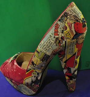 Comic heels-the Unique Accessories to Dress Up Your High Heels