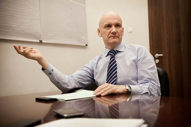 Доктор экономических наук И. Николаев выступил с идеей – повысить выпуск народных облигаций.