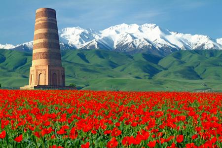 كالتشر-عربية-منارة-بورنا-رمز-العمارة-الإسلامية-في-قيرغيزستان