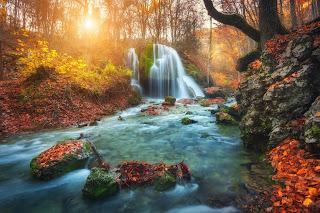 bigstock Waterfall At Mountain River In 119208593 - Ősz, a megnyugvás időszaka