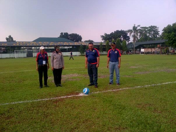 Pradi Buka Turnamen Sepakbola Danyon Cup