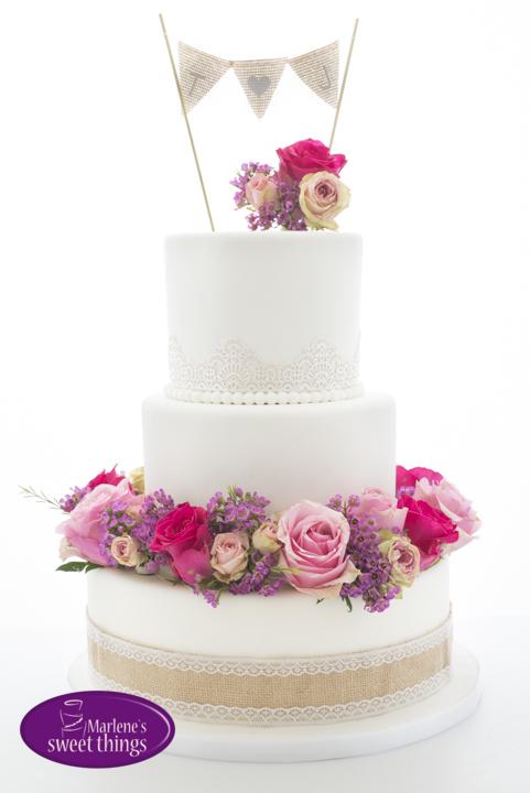 Vintage Hochzeitstorte Mit Echten Blumen Marlenes Sweet Things