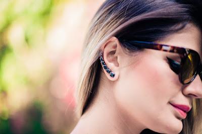 O brinco ear cuff moderno é um acessório super diferente dos demais brincos.