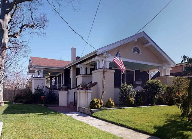 818 Ohio Avenue, Absecon, New Jersey Sears Osborn model real estate photo of front and side