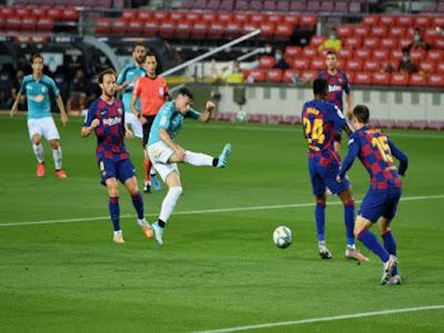 Video Barcelona 1-2 Osasuna: Thẻ đỏ, siêu phẩm & bi kịch ở Nou Camp