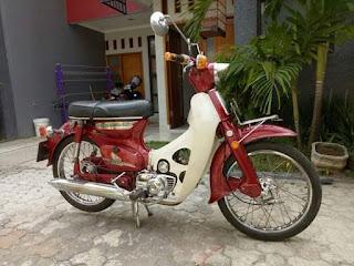 BUKALAPAK MOTOR KLASIK ....permisi om ane mau jual c70 ori thn80 fuull cr