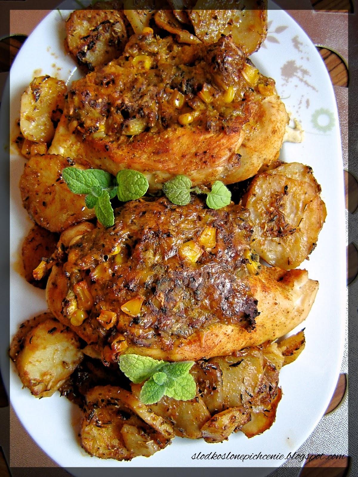Piersi z kurczaka faszerowane brokułem i kukurydzą
