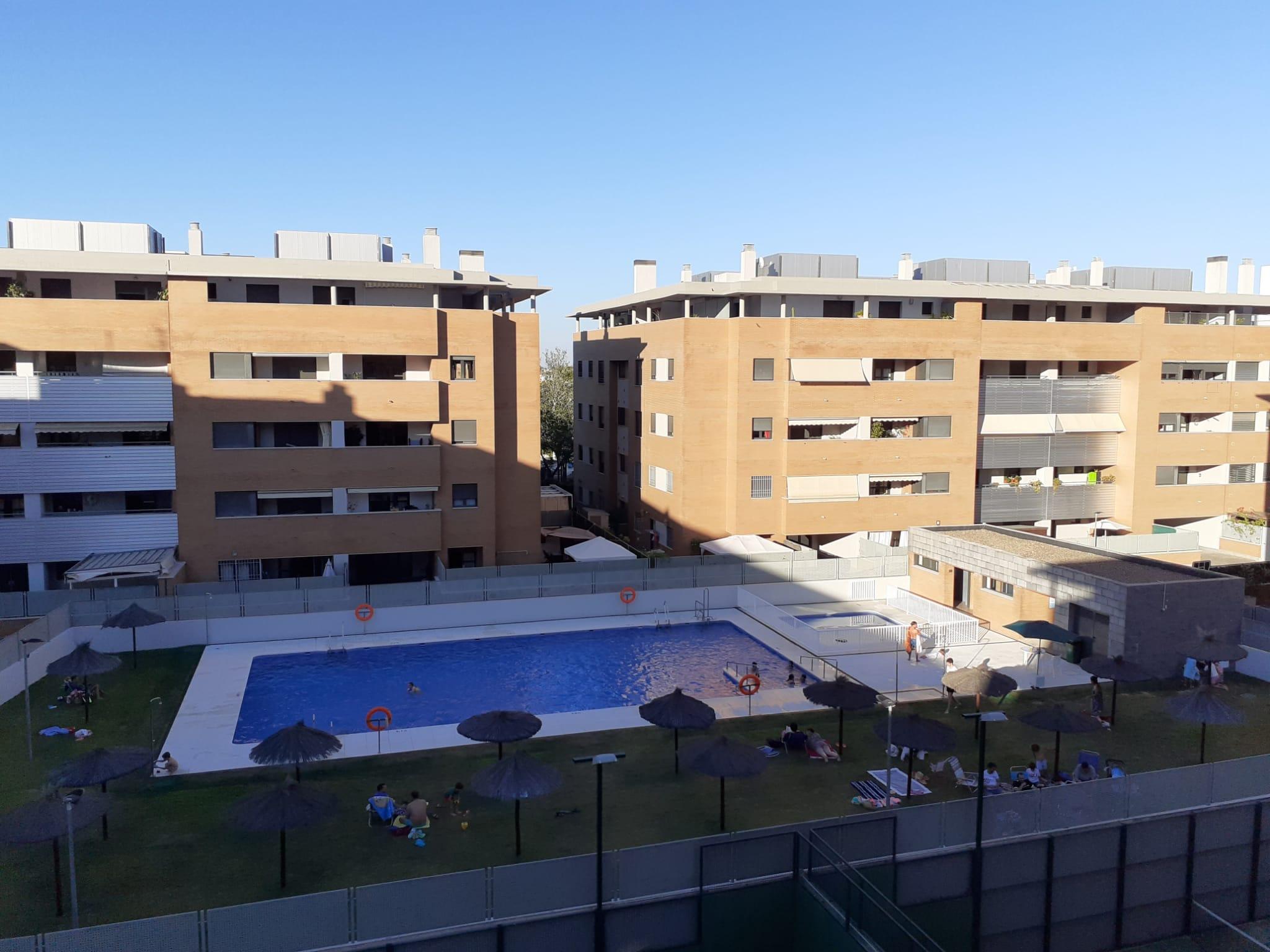 Se vende piso de 2 dormitorios en Mairena del Aljarafe Nuevo Bulevar
