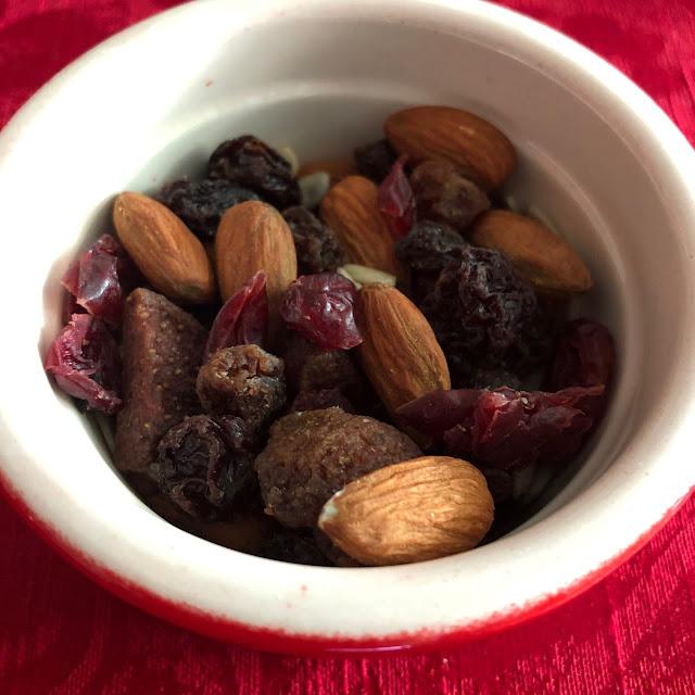 fruit, nut & seed trail mix, Chez Maximka