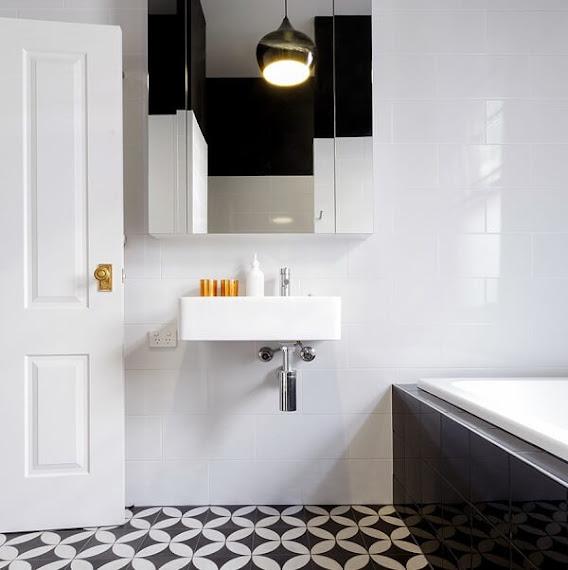 Small mirrored bathroom cabinets