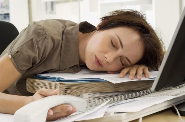 Tips for fighting fatigue in the work place